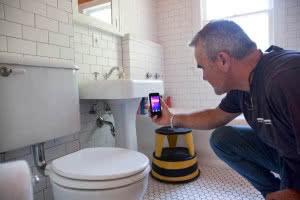 FLIRONE_plumbing_bathroom_lifestyle
