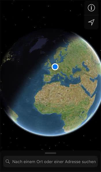 Satelliten-Ansicht mit Tag-Nacht-Wechsel