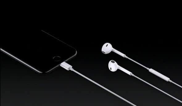 iPhone 7 Lightning EarPods