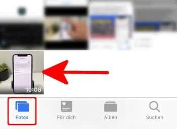 """In der Fotos-App auf """"Fotos"""" gehen, um das heruntergeladene Video anzuzeigen"""