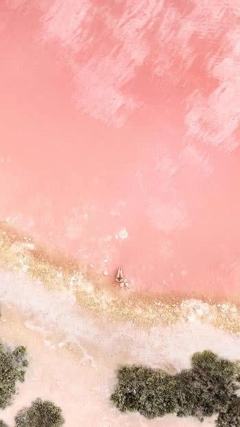 iPhone-Plus-wallpaper-2