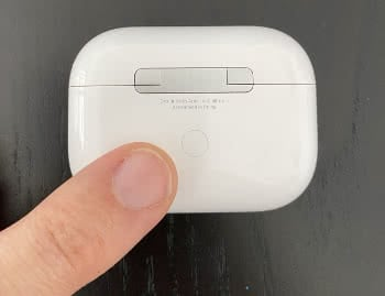 AirPods Pro Pairing Button