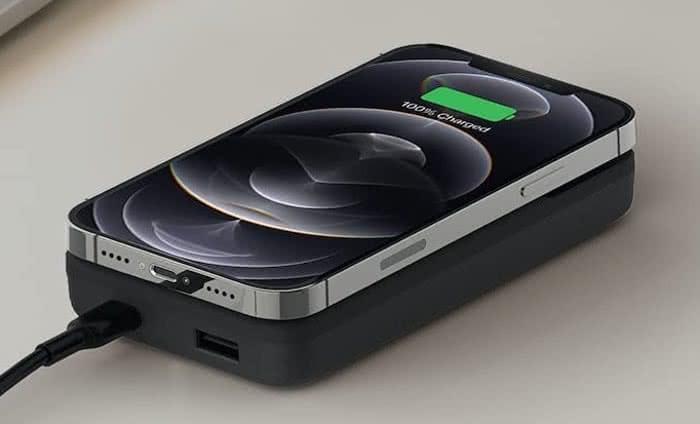 Belkin MagSafe-Powerbank und iPhone gleichzeitig laden